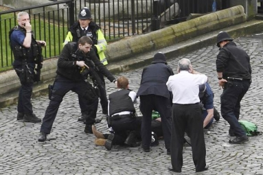 Terror attack outside UK parliament puts world in tender-hook